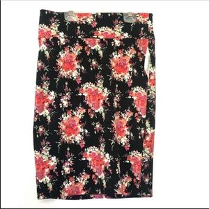 NWT Lularoe black floral Cassie skirt medium